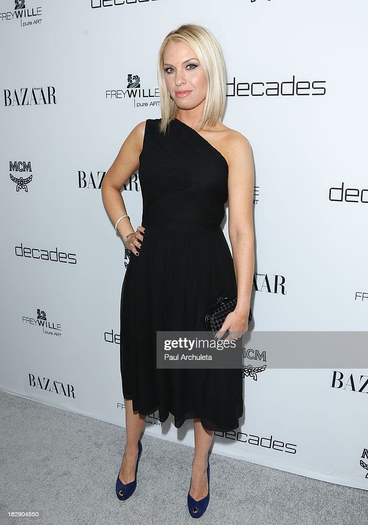 Actress Leslie Grossman attends the Harper's BAZAAR celebration of the new Bravo series 'Dukes of Melrose' at The Terrace at Sunset Tower on February 28, 2013 in West Hollywood, California.