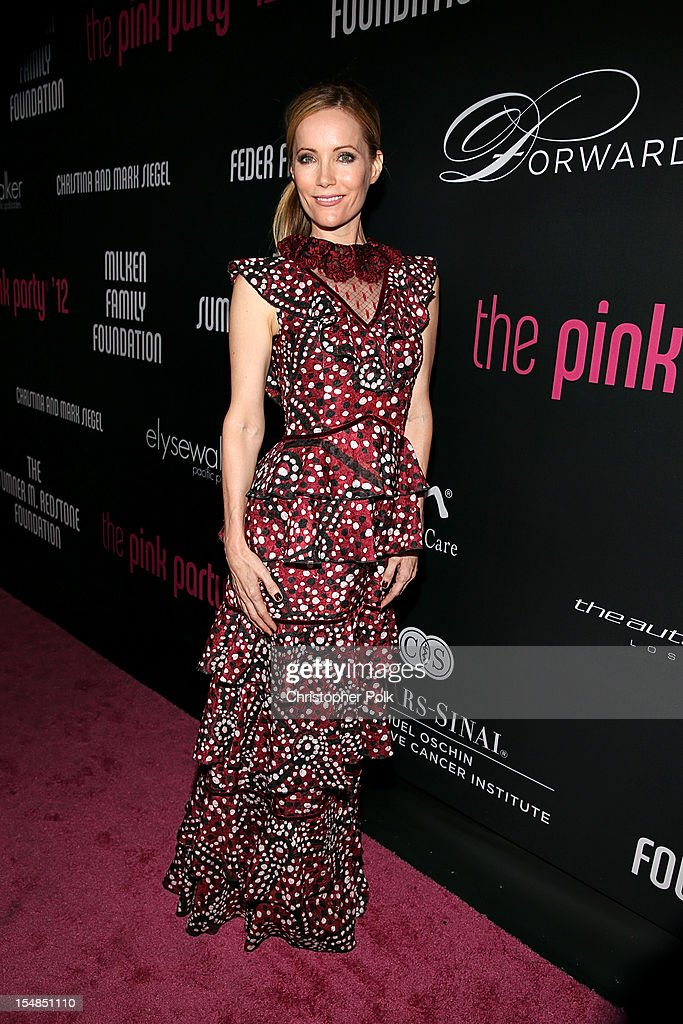 Actress Leslie J. Mann arrives at Elyse Walker presents the 8th annual Pink Party hosted by Michelle Pfeiffer to benefit Cedars-Sinai Women's Cancer Program held at