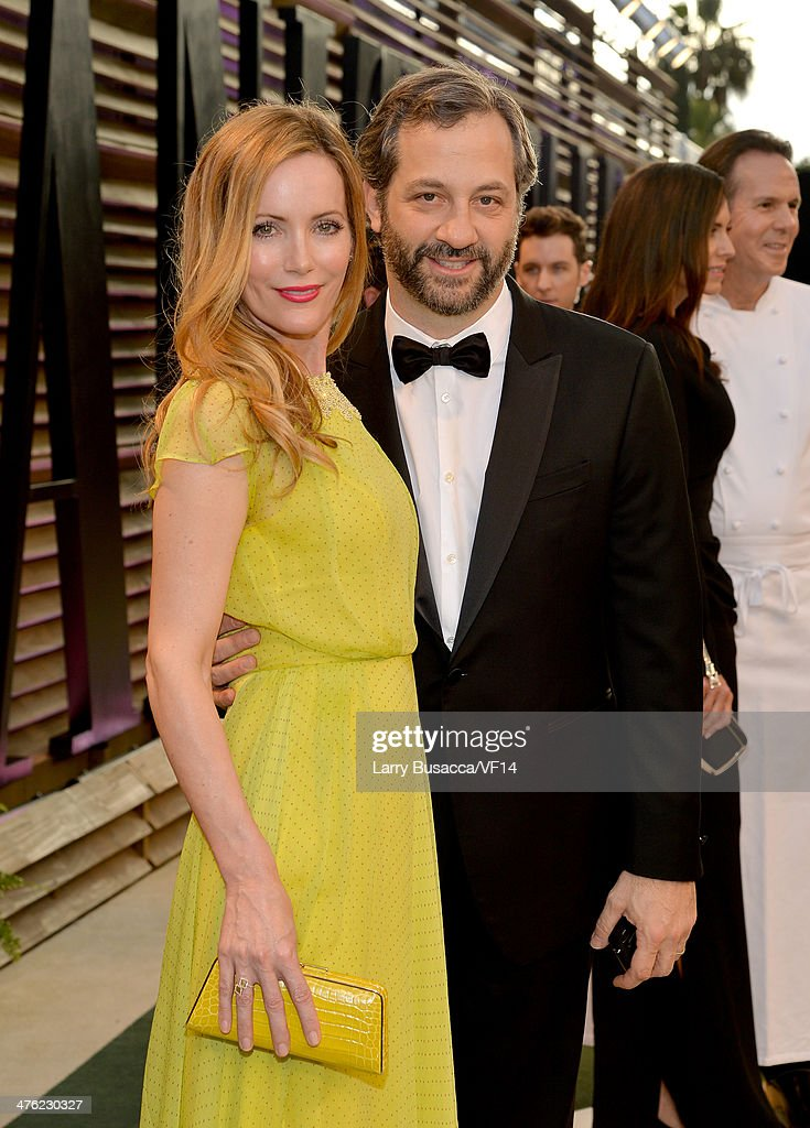 Actress Leslie Mann and director/writer Judd Apatow attend the 2014 Vanity Fair Oscar Party Hosted By Graydon Carter on March 2 2014 in West...