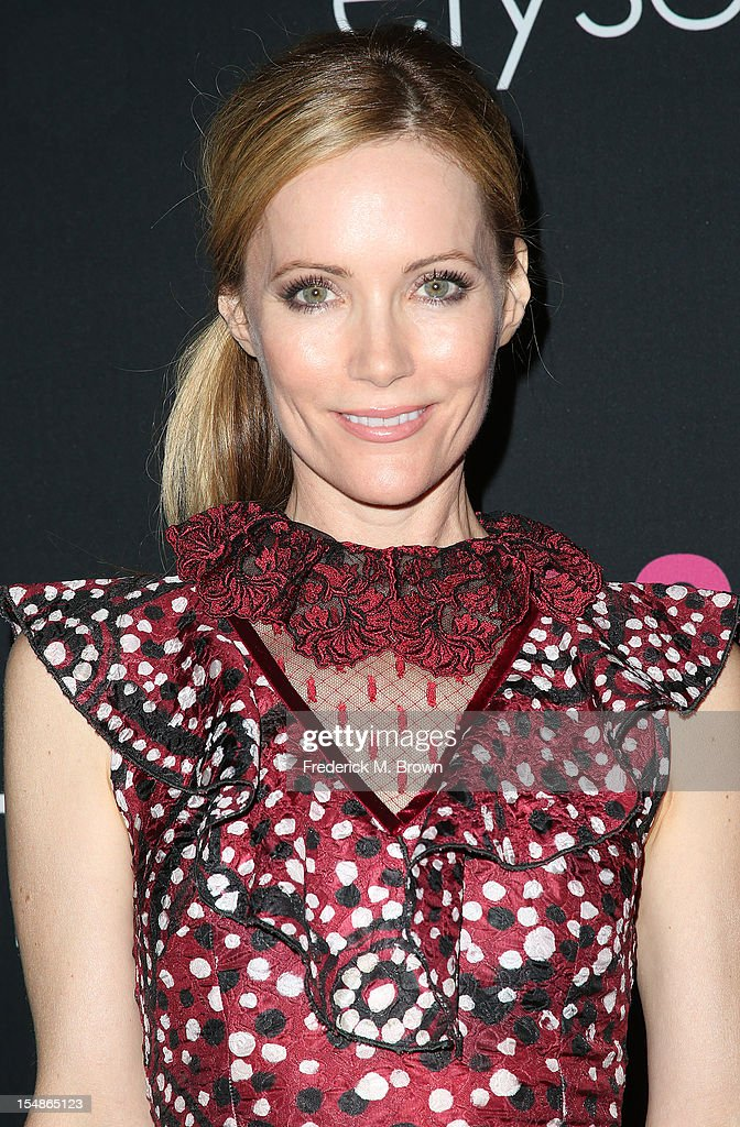 Actress Leslie Mann attends Elyse Walker Presents The Eighth Annual Pink Party Hosted By Michelle Pfeiffer To Benefit Cedars-Sinai Women's Cancer Program at Barkar Hangar Santa Monica Airport on October 27, 2012 in Santa Monica, California.