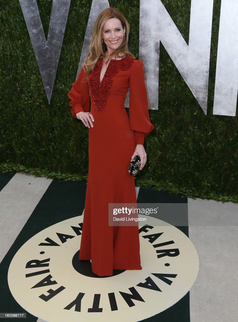 Actress Leslie Mann attends the 2013 Vanity Fair Oscar Party at the Sunset Tower Hotel on February 24, 2013 in West Hollywood, California.