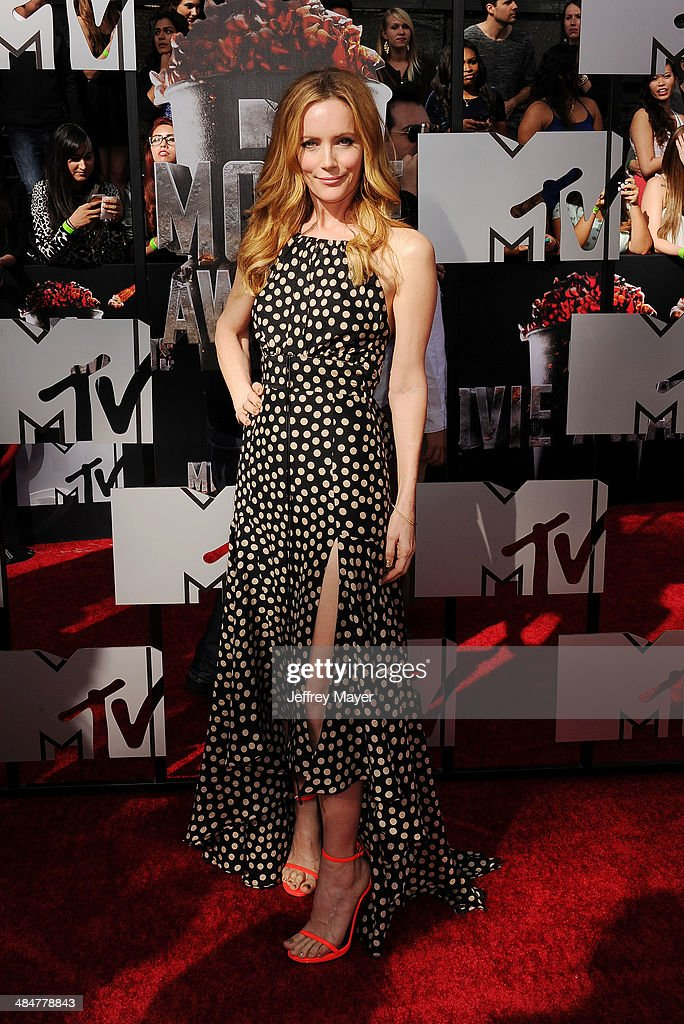 Actress Leslie Mann attends the 2014 MTV Movie Awards at Nokia Theatre L.A. Live on April 13, 2014 in Los Angeles, California.