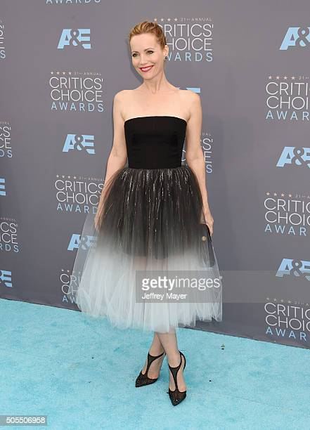 Actress Leslie Mann attends the 21st Annual Critics' Choice Awards at Barker Hangar on January 17 2016 in Santa Monica California