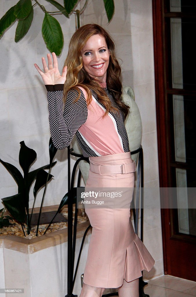 Actress Leslie Mann attends the 'Immer Aerger mit 40' Berlin photocall at Hotel Adlon on January 30, 2013 in Berlin, Germany.