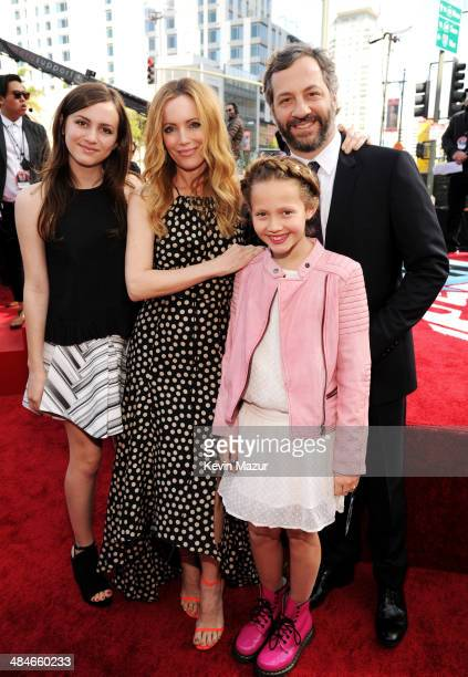 Actress Leslie Mann director Judd Apatow and daughters Maude Apatow and Iris Apatow attend the 2014 MTV Movie Awards at Nokia Theatre LA Live on...