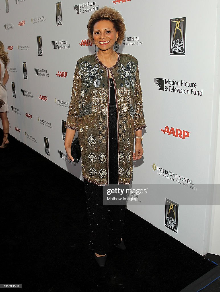 Actress Leslie Uggams arrives at the 5th Annual 'A Fine Romance' at 20th Century Fox on May 1 2010 in Los Angeles California