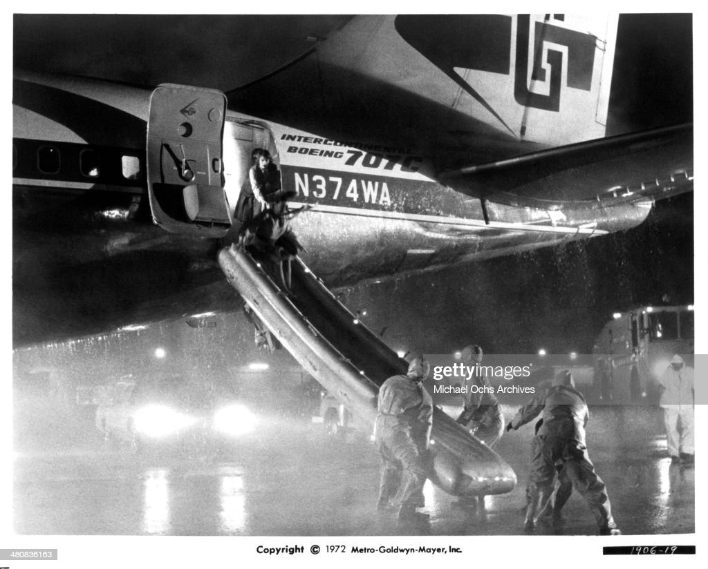 Actress Leslie Uggams leaves a plane of the movie 'Skyjacked' circa 1972