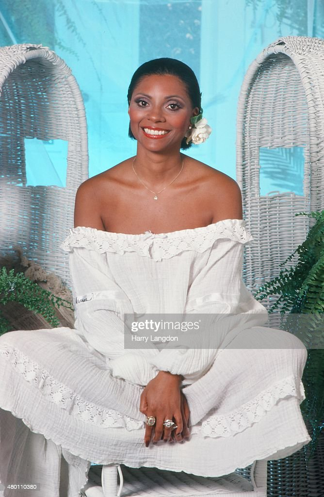 Actress Leslie Uggams poses for a portrait in 1977 in Los Angeles California