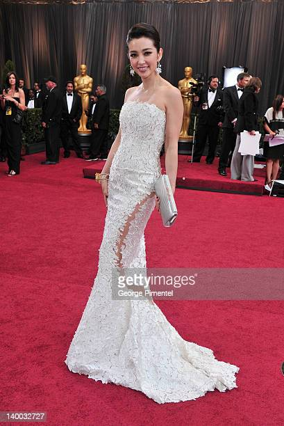 Actress Li Bingbing arrives at the 84th Annual Academy Awards held at the Hollywood Highland Center on February 26 2012 in Hollywood California