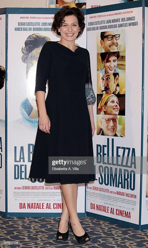 Actress Lidia Vitale attends 'La Bellezza Del Somaro' photocall at the Bernini Bristol Hotel on December 10, 2010 in Rome, Italy.