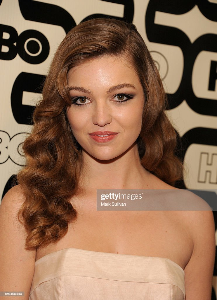 Actress Lili Simmons attends HBO's 70th Annual Golden Globes after party at Circa 55 Restaurant on January 13, 2013 in Los Angeles, California.