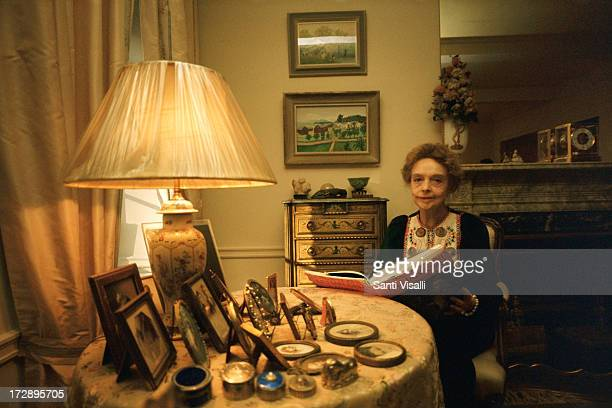 Actress Lillian Gish at home on October 121974 in New York New York