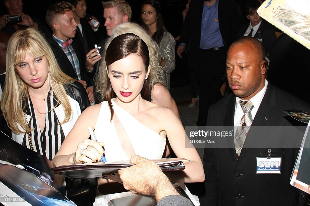 Actress <a gi-track='captionPersonalityLinkClicked' href=/galleries/search?phrase=Lily+Collins&family=editorial&specificpeople=3520243 ng-click='$event.stopPropagation()'>Lily Collins</a> as seen on August 12, 2013 in Los Angeles, California.
