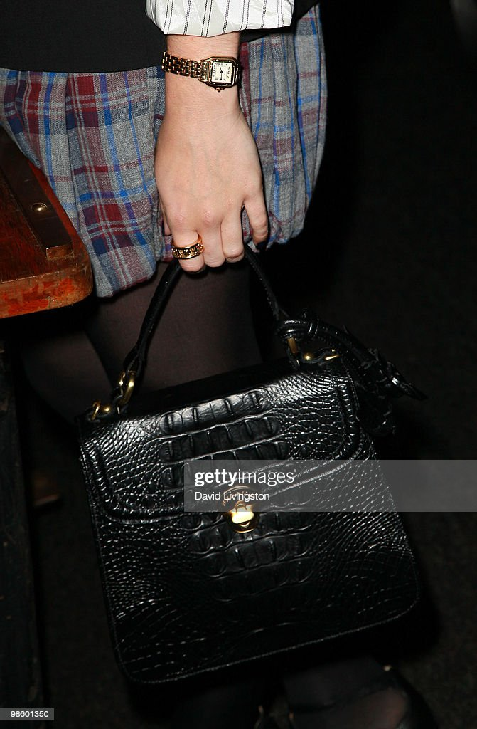 Actress <a gi-track='captionPersonalityLinkClicked' href=/galleries/search?phrase=Lily+Collins&family=editorial&specificpeople=3520243 ng-click='$event.stopPropagation()'>Lily Collins</a> attends the 15th Annual Los Angeles Antique Show Opening Night Preview Party benefiting P.S. ARTS at Barker Hanger on April 21, 2010 in Santa Monica, California.