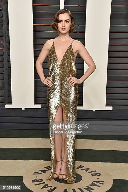 Actress Lily Collins attends the 2016 Vanity Fair Oscar Party Hosted By Graydon Carter at the Wallis Annenberg Center for the Performing Arts on...