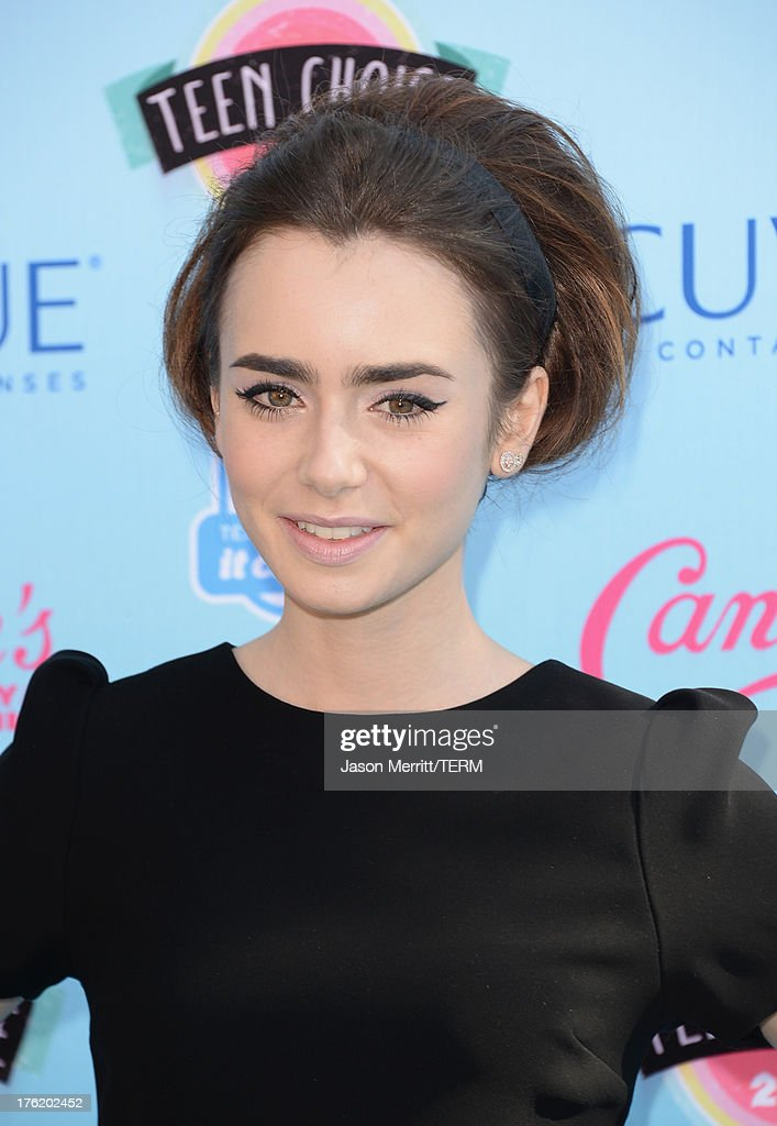 Actress Lily Collins attends the Teen Choice Awards 2013 at Gibson Amphitheatre on August 11, 2013 in Universal City, California.