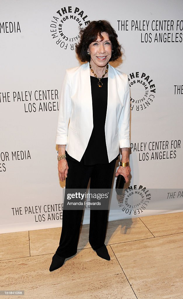 Actress <a gi-track='captionPersonalityLinkClicked' href=/galleries/search?phrase=Lily+Tomlin&family=editorial&specificpeople=208236 ng-click='$event.stopPropagation()'>Lily Tomlin</a> arrives at the 2012 PayleyFest : Fall TV Preview Party -ABC at The Paley Center for Media on September 11, 2012 in Beverly Hills, California.