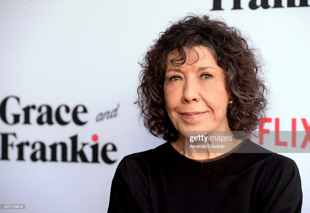 Actress <a gi-track='captionPersonalityLinkClicked' href=/galleries/search?phrase=Lily+Tomlin&family=editorial&specificpeople=208236 ng-click='$event.stopPropagation()'>Lily Tomlin</a> arrives at the Netflix Original Series 'Grace & Frankie' Season 2 premiere at the Harmony Gold Theater on May 1, 2016 in Los Angeles, California.