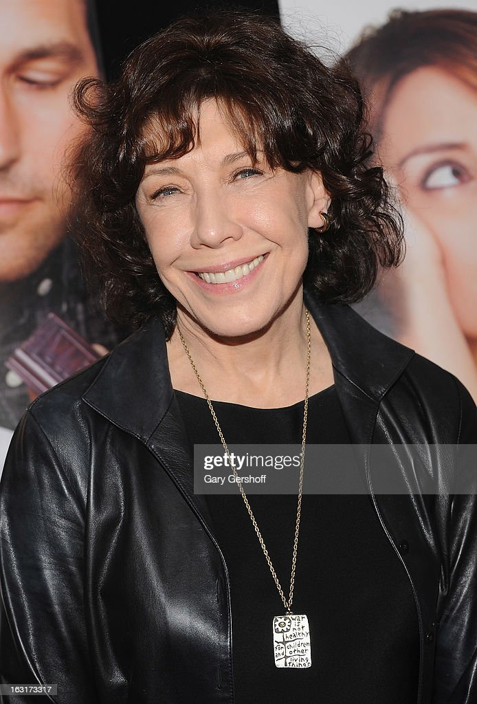 Actress <a gi-track='captionPersonalityLinkClicked' href=/galleries/search?phrase=Lily+Tomlin&family=editorial&specificpeople=208236 ng-click='$event.stopPropagation()'>Lily Tomlin</a> attends the 'Admission' New York premiere at AMC Loews Lincoln Square 13 on March 5, 2013 in New York City.