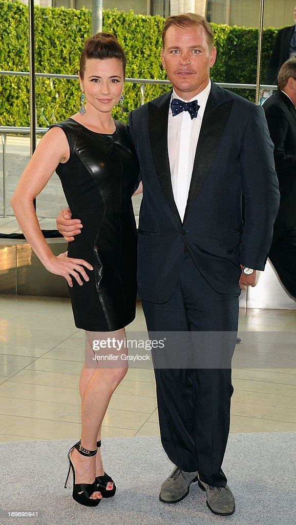 Actress Linda Cardellini and Shane Baum attend 2013 CFDA FASHION AWARDS underwritten by Swarovski at Lincoln Center on June 3, 2013 in New York City.