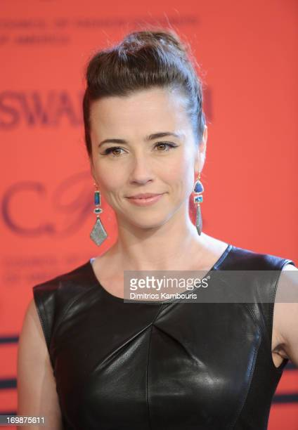 Actress Linda Cardellini attends 2013 CFDA Fashion Awards at Alice Tully Hall on June 3 2013 in New York City