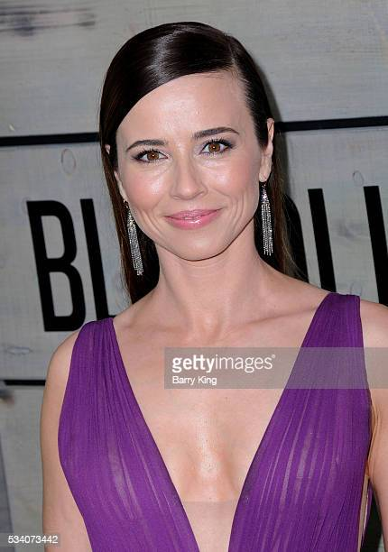 Actress Linda Cardellini attends the premiere of Netflix's 'Bloodline' at Landmark Regent Theatre on May 24 2016 in Westwood California