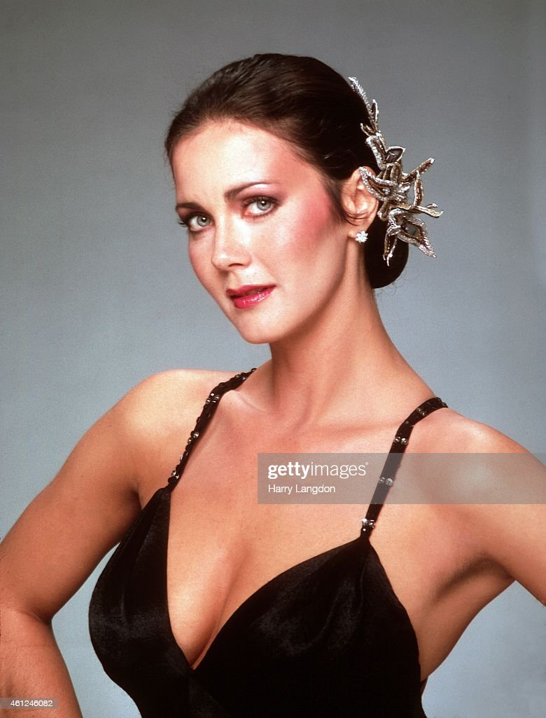 Actress Linda Carter poses for a portrait in 1980 in Los Angeles, California.