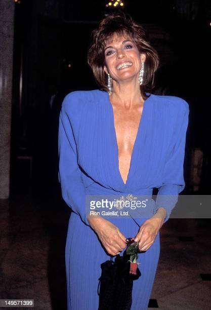 Actress Linda Gray attends the Los Angeles Free Clinic's 13th Annual Dinner/Roast Salute to B Donald 'Bud' Grant on December 13 1985 at the Beverly...