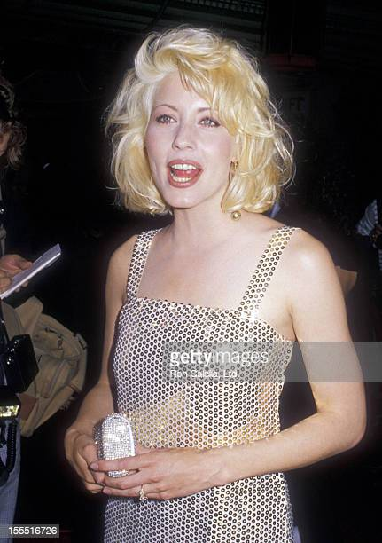 Actress Linda Kozlowski attends the premiere of Crocodile Dundee on May 22 1988 at Mann Chinese Theater in Hollywood California