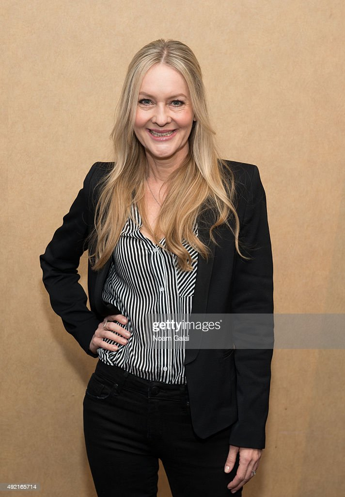 Actress Linda Larkin attends The MOMS Mamarazzi viewing of Disney's 'Aladdin' Diamond Edition at Chelsea Bow Tie Cinemas on October 10, 2015 in New York City.