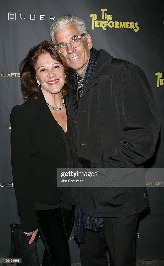 Actress <a gi-track='captionPersonalityLinkClicked' href=/galleries/search?phrase=Linda+Lavin&family=editorial&specificpeople=645189 ng-click='$event.stopPropagation()'>Linda Lavin</a> and husband Steve Bakunas attend 'The Performers' Broadway Opening Night at the Longacre Theatre on November 14, 2012 in New York City.