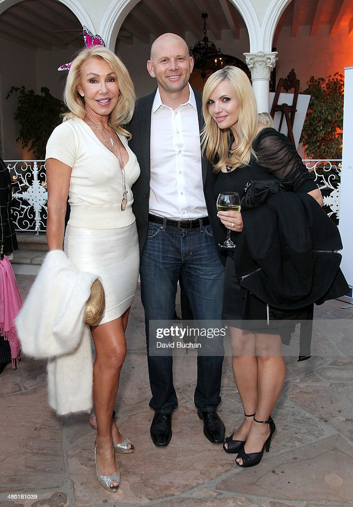 Actress <a gi-track='captionPersonalityLinkClicked' href=/galleries/search?phrase=Linda+Thompson+-+Actress&family=editorial&specificpeople=13681123 ng-click='$event.stopPropagation()'>Linda Thompson</a> (L) and guests attend the 8th Annual BritWeek Launch Party at a private residence on April 22, 2014 in Los Angeles, California.