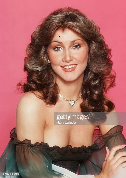 Actress Linda Thompson poses for a portrait in 1977 in Los Angeles California