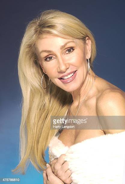 Actress Linda Thompson poses for a portrait in 2007 in Los Angeles California