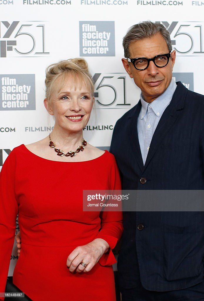 Actress <a gi-track='captionPersonalityLinkClicked' href=/galleries/search?phrase=Lindsay+Duncan&family=editorial&specificpeople=629187 ng-click='$event.stopPropagation()'>Lindsay Duncan</a> and actor <a gi-track='captionPersonalityLinkClicked' href=/galleries/search?phrase=Jeff+Goldblum&family=editorial&specificpeople=204160 ng-click='$event.stopPropagation()'>Jeff Goldblum</a> attend the 'Le Week-End' premiere during the 51st New York Film Festival at Alice Tully Hall at Lincoln Center on September 29, 2013 in New York City.