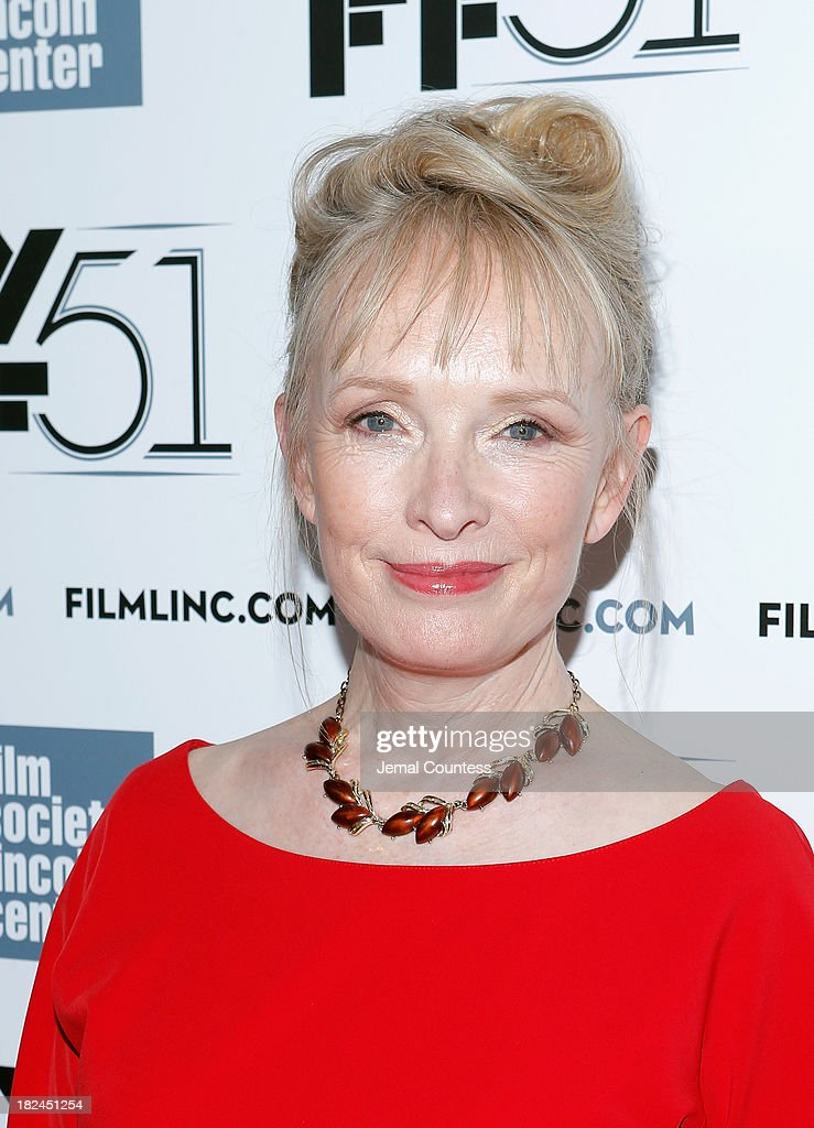 Actress <a gi-track='captionPersonalityLinkClicked' href=/galleries/search?phrase=Lindsay+Duncan&family=editorial&specificpeople=629187 ng-click='$event.stopPropagation()'>Lindsay Duncan</a> attends the 'Le Week-End' premiere during the 51st New York Film Festival at Alice Tully Hall at Lincoln Center on September 29, 2013 in New York City.