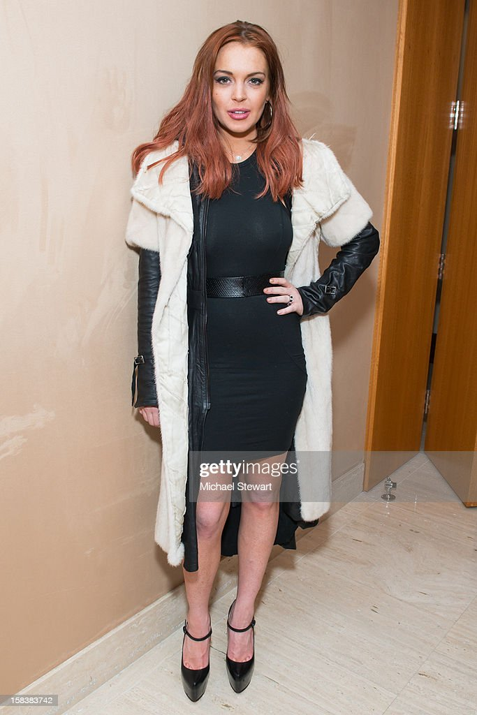 Actress <a gi-track='captionPersonalityLinkClicked' href=/galleries/search?phrase=Lindsay+Lohan&family=editorial&specificpeople=171623 ng-click='$event.stopPropagation()'>Lindsay Lohan</a> attends Lonneke Engel And Valentina Zelyaeva Organice Your Life Annual Holiday Party at Time Warner Building on December 14, 2012 in New York City.
