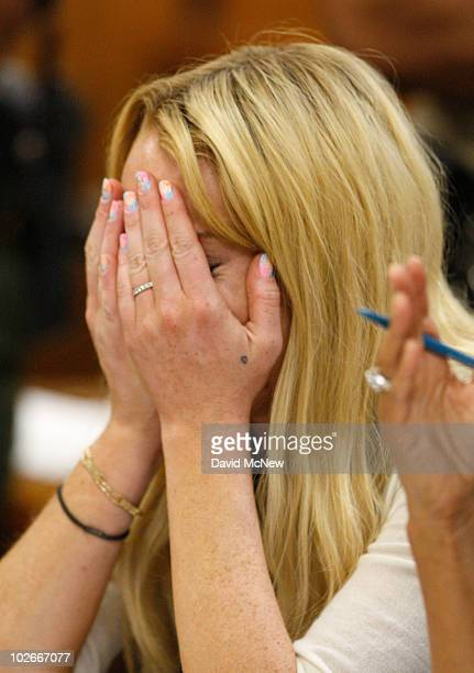 Actress Lindsay Lohan cries during her probation revocation hearing at the Beverly Hills Courthouse on July 6 2010 in Los Angeles California Lindsay...