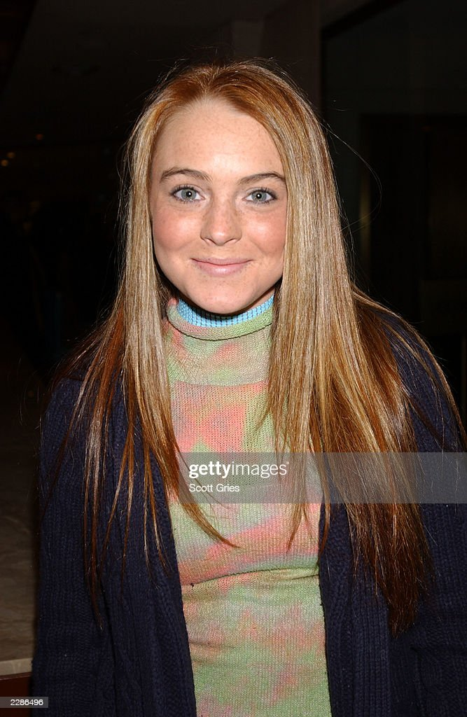 Actress <a gi-track='captionPersonalityLinkClicked' href=/galleries/search?phrase=Lindsay+Lohan&family=editorial&specificpeople=171623 ng-click='$event.stopPropagation()'>Lindsay Lohan</a> during the party at the Rockefeller Center ice rink for the World Premiere of Twentieth Century Fox's 'Ice Age' at Radio City Music Hall in New York City. March 10, 2002. Photo Scott Gries/Getty Images.
