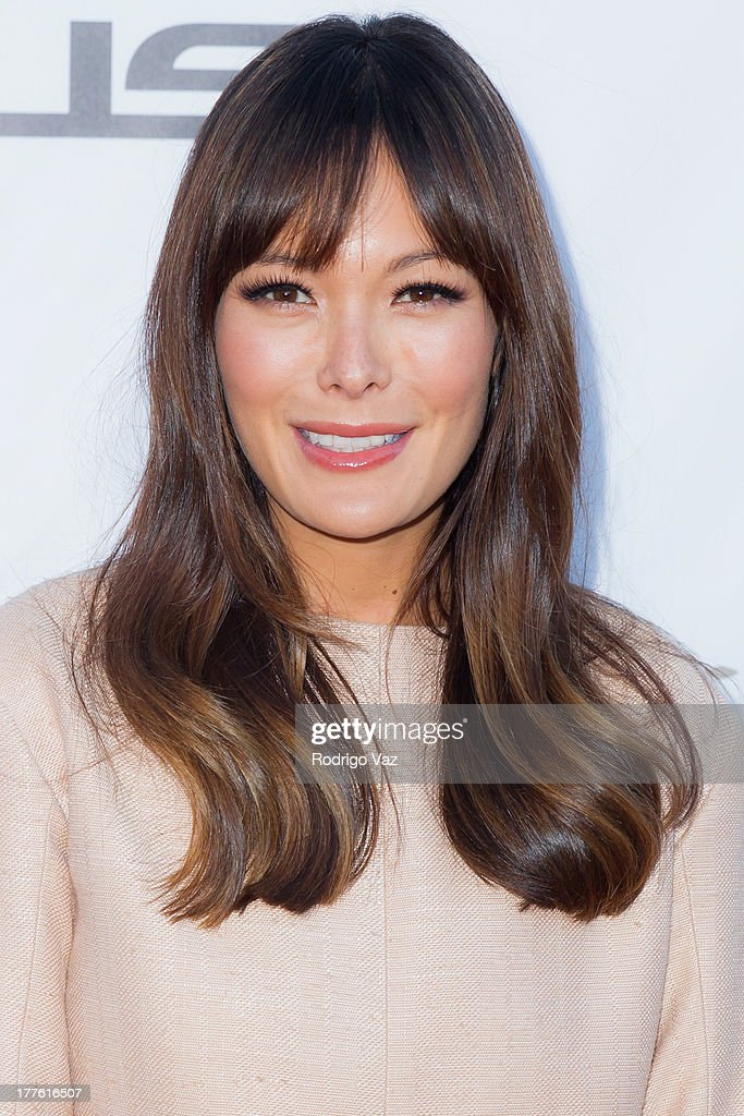 Actress Lindsay Price attends LEXUS Live On Grand at the 3rd Annual Los Angeles Food & Wine Festival Arrivals on August 24, 2013 in Los Angeles, California.