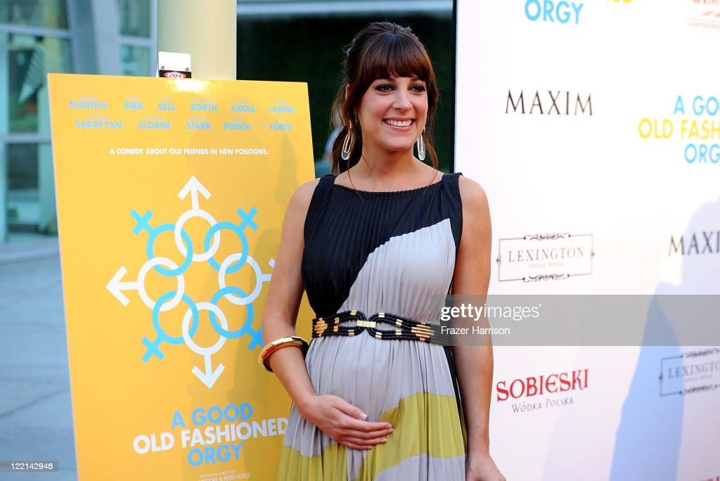 Actress Lindsay Sloane attends the screening of Samuel Goldwyn Films' 'A Good Old Fashioned Orgy' at Arclight Cinemas on August 25 2011 in Los...