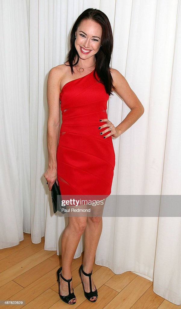 Actress <a gi-track='captionPersonalityLinkClicked' href=/galleries/search?phrase=Lindsey+McKeon&family=editorial&specificpeople=3276220 ng-click='$event.stopPropagation()'>Lindsey McKeon</a> attends 1st Annual UNICEF NextGen LA Photo Benefit at SkyBar at the Mondrian Los Angeles on May 1, 2014 in West Hollywood, California.