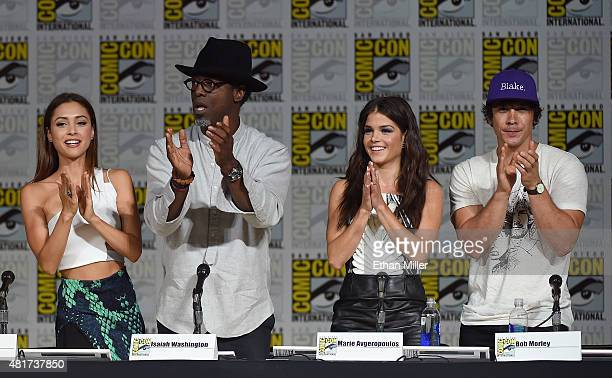 Actress Lindsey Morgan actor Isaiah Washington actress Marie Avgeropoulos and actor Bob Morley attend a special video presentation and panel for 'The...