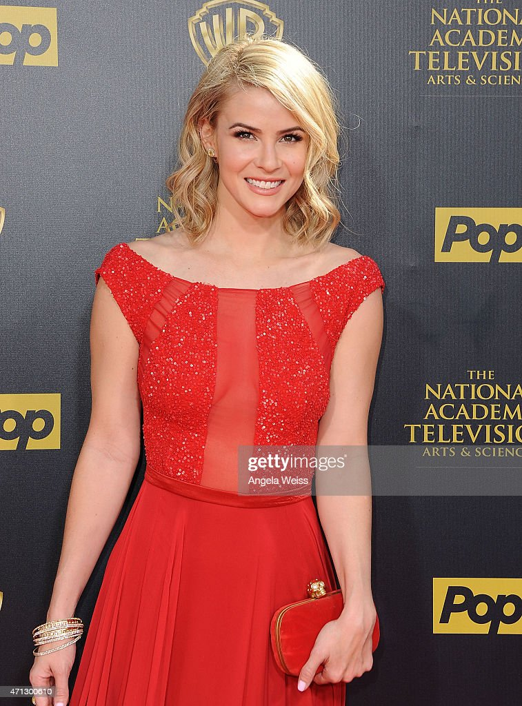 Actress <a gi-track='captionPersonalityLinkClicked' href=/galleries/search?phrase=Linsey+Godfrey&family=editorial&specificpeople=7905776 ng-click='$event.stopPropagation()'>Linsey Godfrey</a> arrives at the 42nd Annual Daytime Emmy Awards at Warner Bros. Studios on April 26, 2015 in Burbank, California.