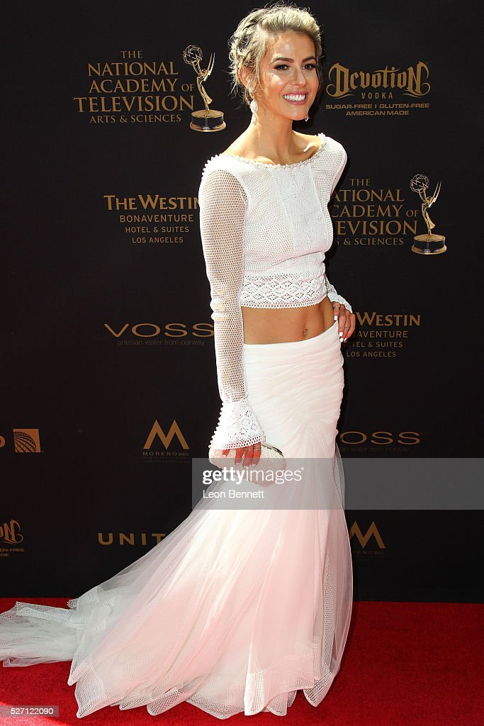 Actress <a gi-track='captionPersonalityLinkClicked' href=/galleries/search?phrase=Linsey+Godfrey&family=editorial&specificpeople=7905776 ng-click='$event.stopPropagation()'>Linsey Godfrey</a> attends the 2016 Daytime Emmy Awards - Arrivals at Westin Bonaventure Hotel on May 1, 2016 in Los Angeles, California.