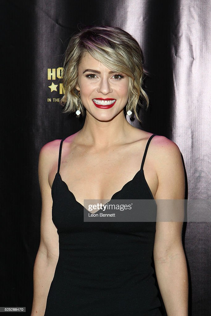 Actress <a gi-track='captionPersonalityLinkClicked' href=/galleries/search?phrase=Linsey+Godfrey&family=editorial&specificpeople=7905776 ng-click='$event.stopPropagation()'>Linsey Godfrey</a> attends the 2016 Daytime Emmy Awards Nominees Reception Arrivals at The Hollywood Museum on April 27, 2016 in Hollywood, California.