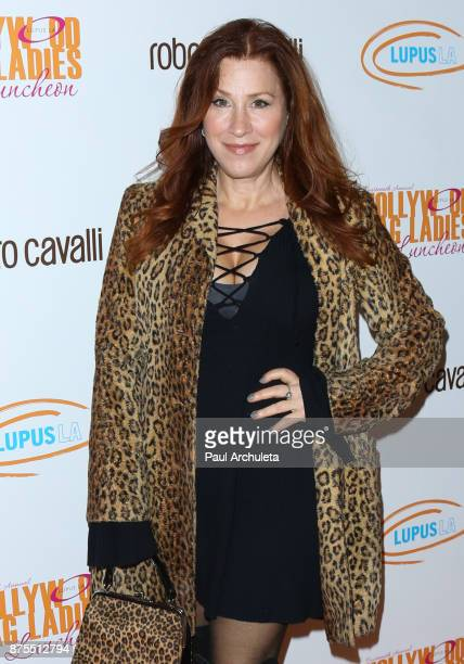 Actress Lisa Ann Walter attends the Lupus LA 15th annual Hollywood Bag Ladies Lunch at The Beverly Hilton Hotel on November 17 2017 in Beverly Hills...
