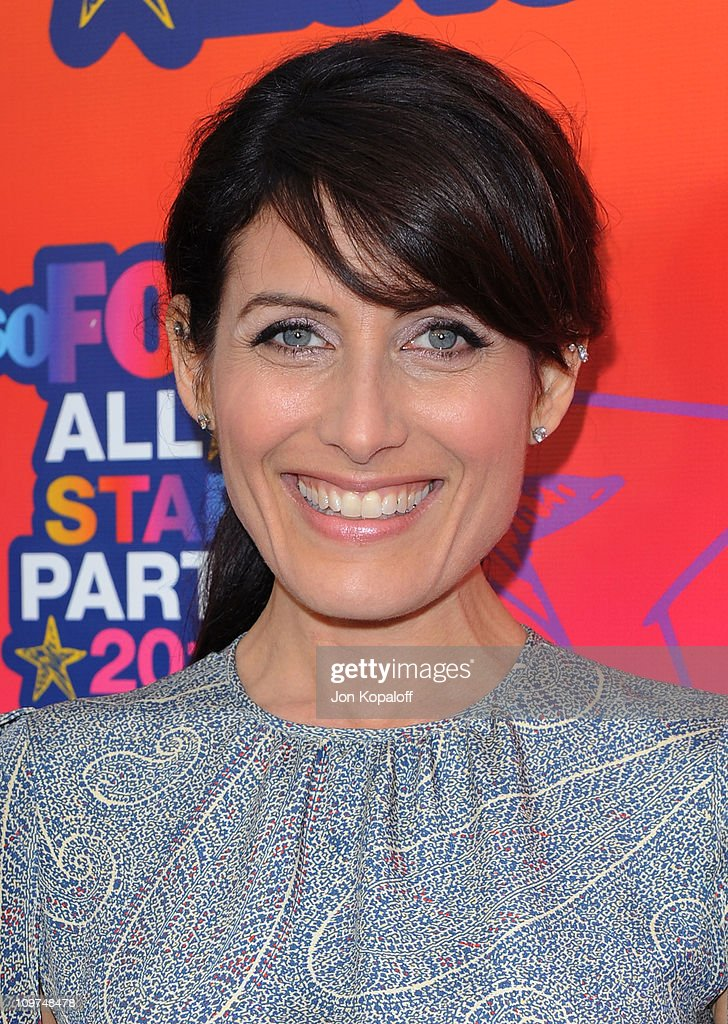 Actress <a gi-track='captionPersonalityLinkClicked' href=/galleries/search?phrase=Lisa+Edelstein&family=editorial&specificpeople=216555 ng-click='$event.stopPropagation()'>Lisa Edelstein</a> arrives at the Fox All-Star Party at Pacific Park at the Santa Monica Pier on August 2, 2010 in Santa Monica, California.