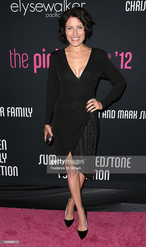 Actress <a gi-track='captionPersonalityLinkClicked' href=/galleries/search?phrase=Lisa+Edelstein&family=editorial&specificpeople=216555 ng-click='$event.stopPropagation()'>Lisa Edelstein</a> attends Elyse Walker Presents The Eighth Annual Pink Party Hosted By Michelle Pfeiffer To Benefit Cedars-Sinai Women's Cancer Program at Barkar Hangar Santa Monica Airport on October 27, 2012 in Santa Monica, California.