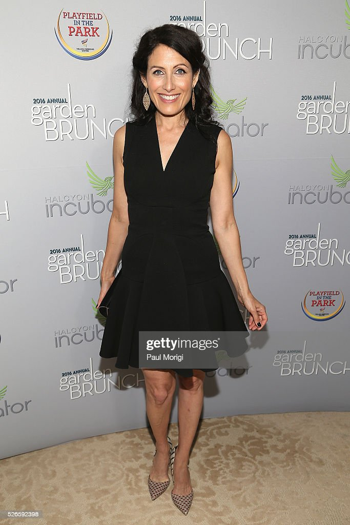 Actress Lisa Edelstein attends the Garden Brunch prior to the 102nd White House Correspondents' Association Dinner at the Beall-Washington House on April 30, 2016 in Washington, DC.